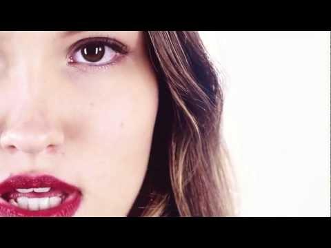 Susanne Blech - DIE MASCHINEN LAUFEN HEISS - Original Video