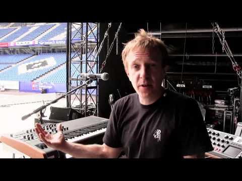 The Virus TI On Stage - Depeche Mode's Delta Machine Tour