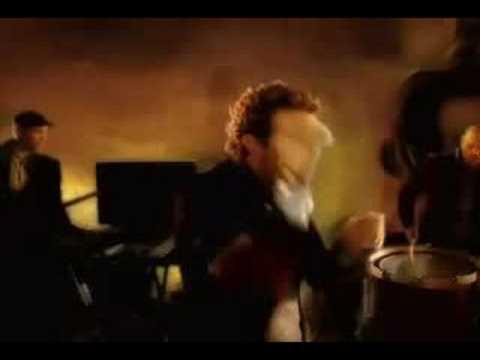 Coldplay - Viva La Vida (Official Music Video)