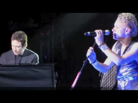 10-02-17 Depeche Mode RAH - Somebody Multicam LHN