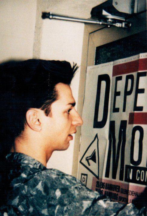 Dave Gahan in den 80ern im Hansa Studio.