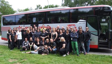 Fan-Bustouren zur Delta Machine Tour.