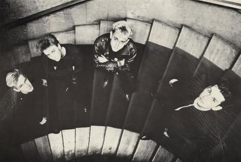Depeche Mode auf der Treppe des Meistersaals (1986).