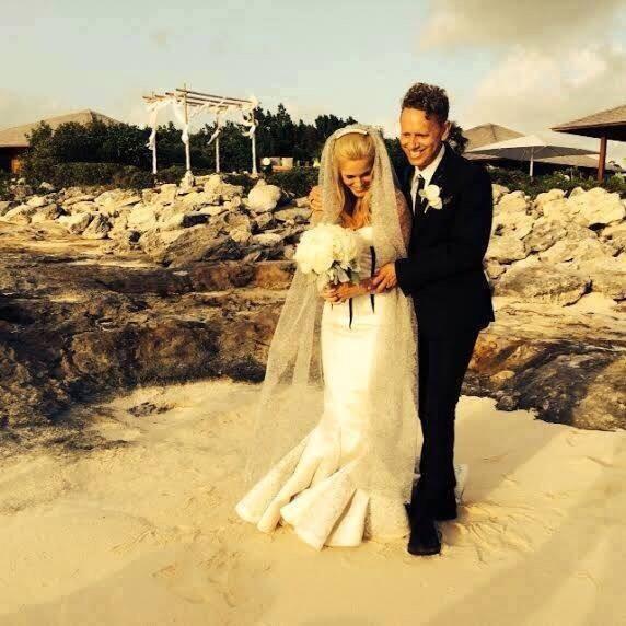 Martin and Kerrillee Gore (photo via @Ultra_Depeche)