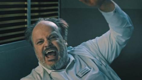 Szene aus dem Video: Hände hoch.