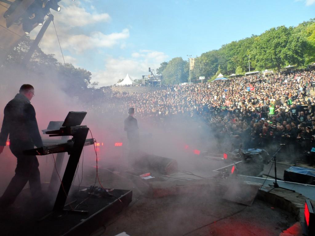 Die Krupps beim Jubiläumsfestival von In Extremo auf der Loreley. ( Bild: HSW)