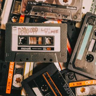 "Albumcover von ""Röyksopp - Lost Tapes"""